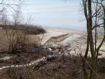 Erosion on beach at Lake Road 4-19-2013 3-34-56 PM 4320x3240